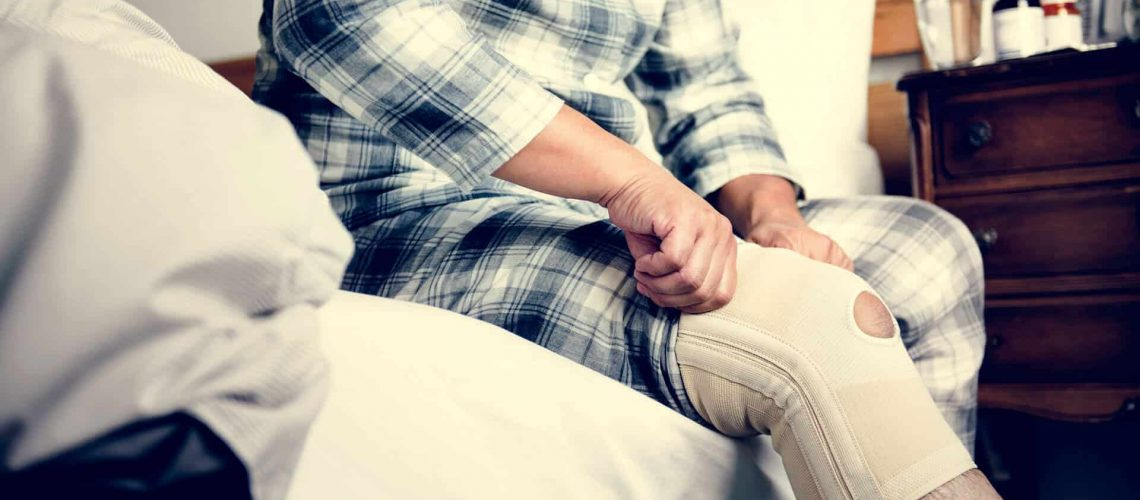 patient recovering from a Knee Replacement surgery